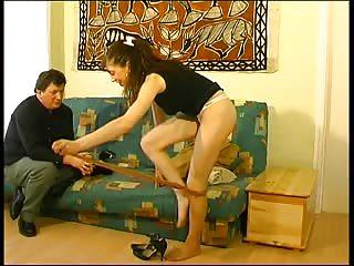 Maud, 20 ans, voila une salope qui envoi du lourd