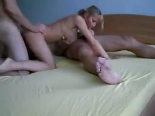 une mature qui a envie de sexe...