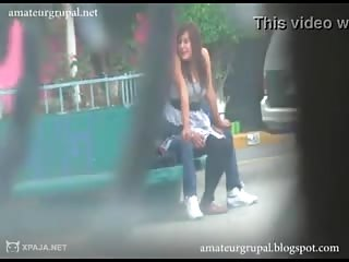 Couple de mexicains baise dans la rue