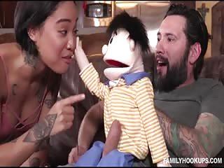 Quand tu baises avec un ventriloque