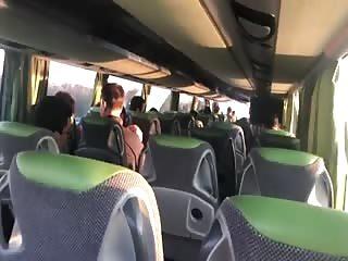 Petite pipe pendant une visite en bus