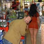 Prendre du plaisir en faisant les courses avec sa femme
