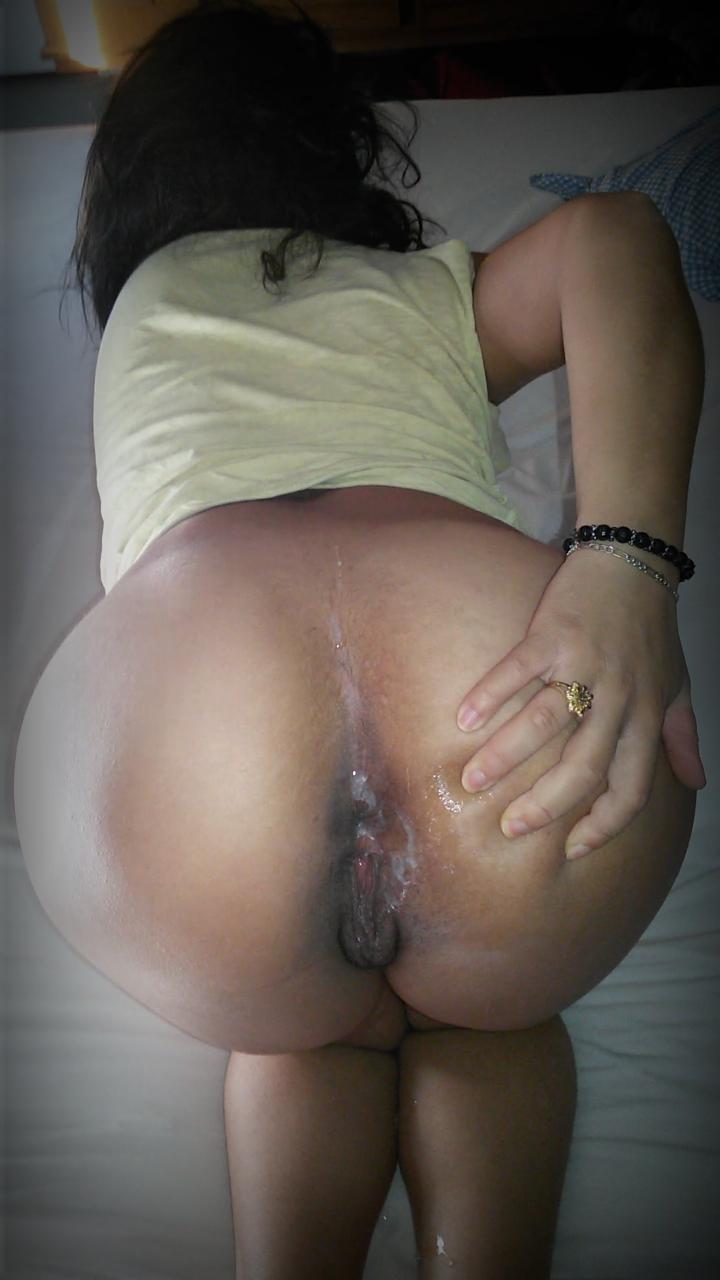 salope dans le cul seins metisse
