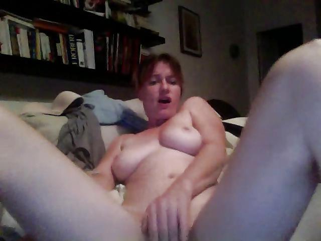 Jeune couple libertin prefere le sexe anal - 1 5