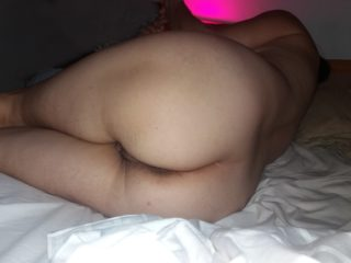 Elle adore faire voir son corps
