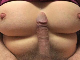 Petite goutte entre mes seins